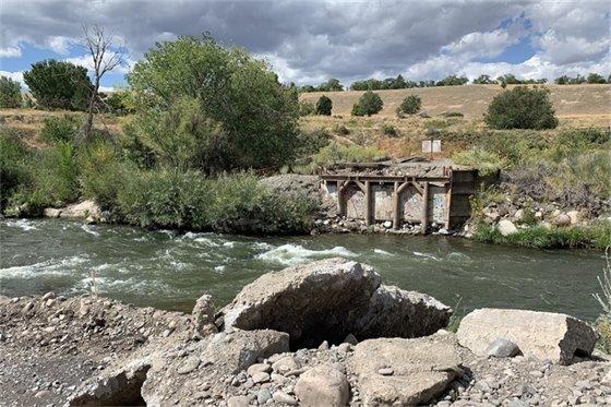 Public Invited to View Uncompahgre River Pedestrian Bridge Placement